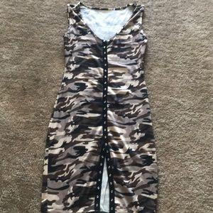 Dresses & Skirts - Camp dress